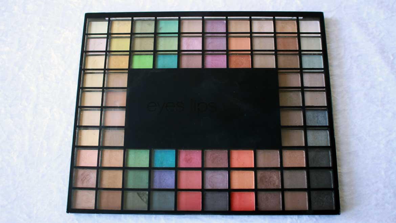 Make-up bonne mine avec la palette 100 ombres à paupières E.L.F
