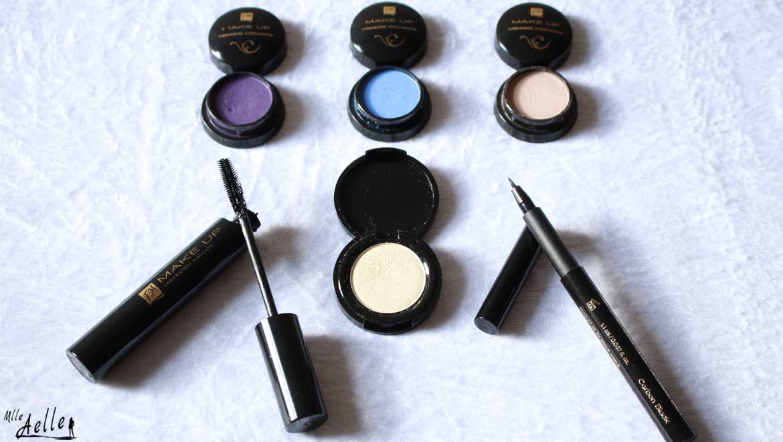Maquillage des yeux spécial produits FM GROUP