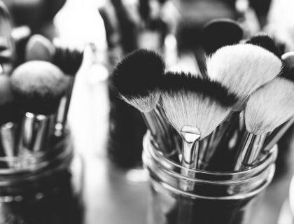 Make up : quels produits utiliser pour corriger ses défauts ?