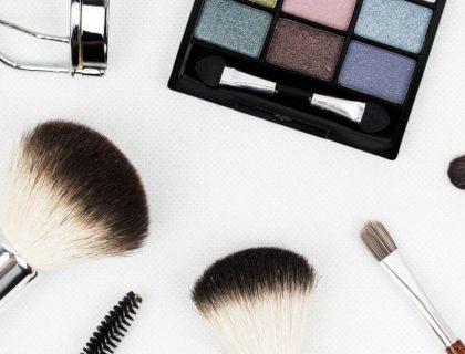 10 marques de produits de beauté à petits prix à découvrir