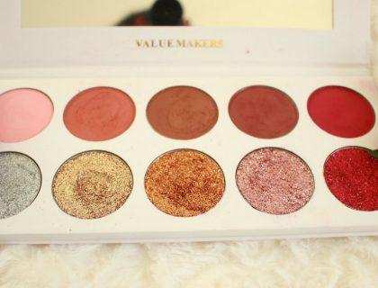Glitter & Eyeshadow : la Palette parfaite pour un maquillage de fêtes