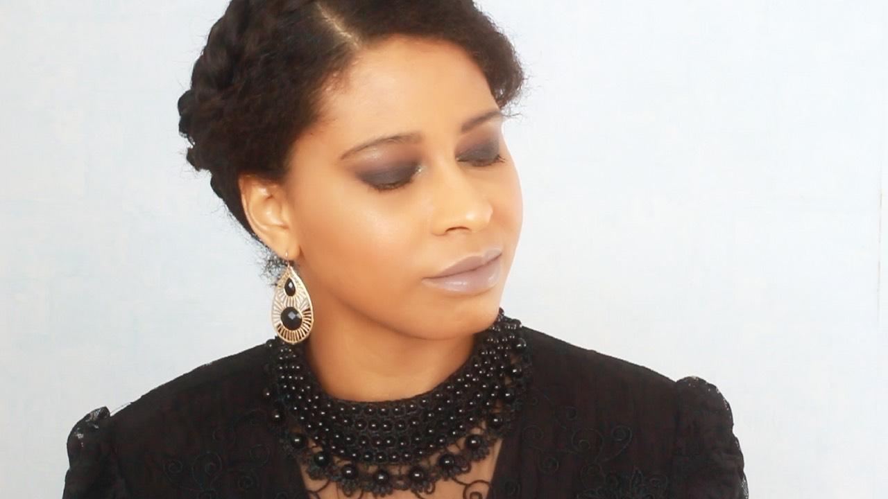 Smokey gris avec la palette Rock & Roll de Freedom Makeup