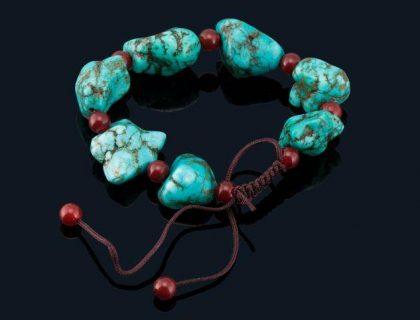 Tout savoir sur le bracelet Mala : son utilisation et ses vertus