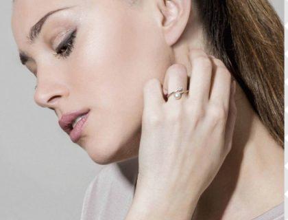 Bijoux : comment choisir et porter une bague femme