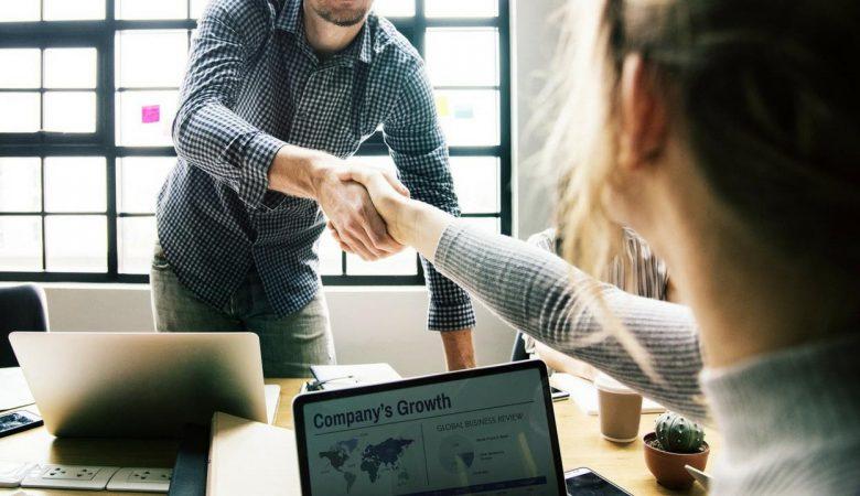 Rencontre sur le lieu de travail [PUNIQRANDLINE-(au-dating-names.txt) 53