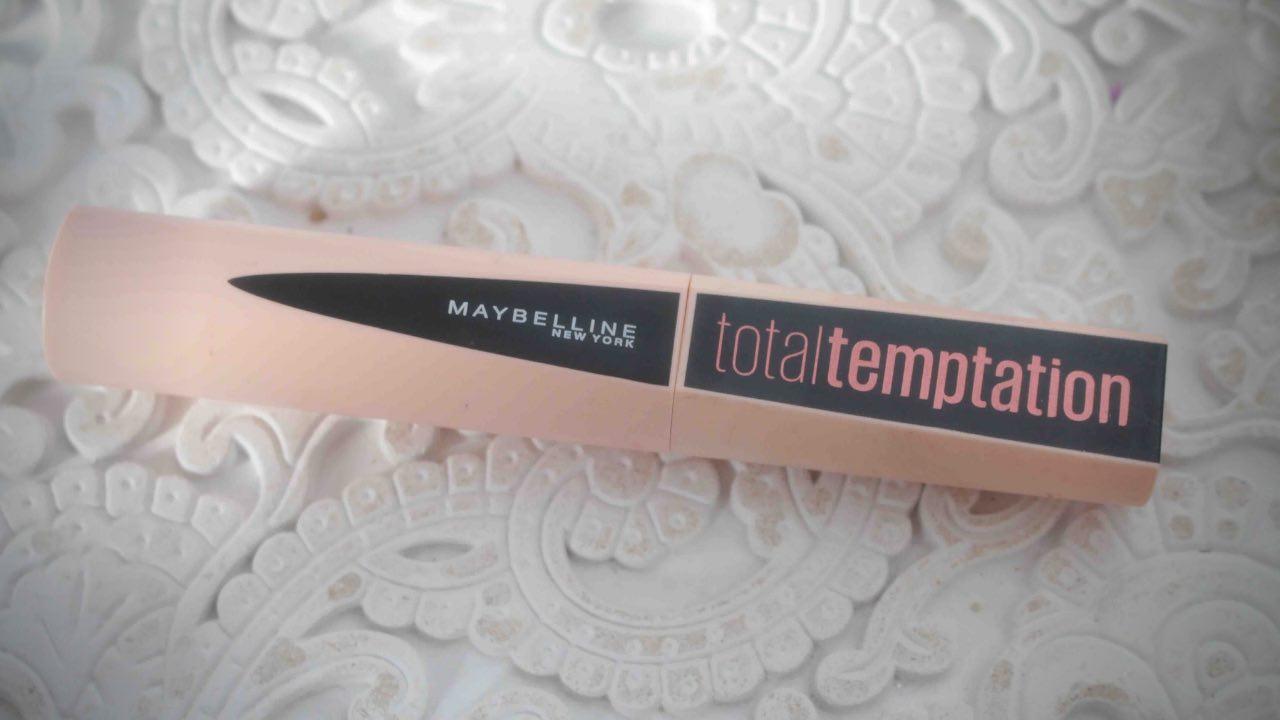 J'ai testé la Palette et le Mascara Total Temptation de Maybelline